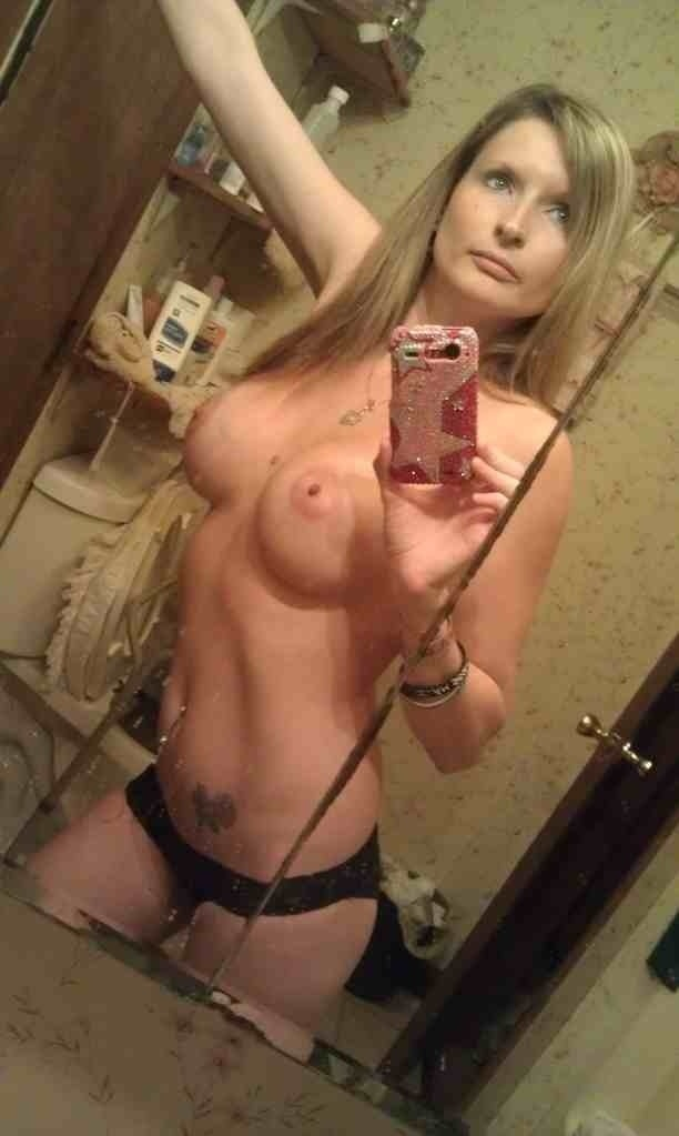 Consider, amateur self shot mom naked for that