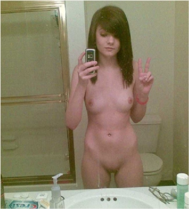Nude hot teen girls mirror — pic 5
